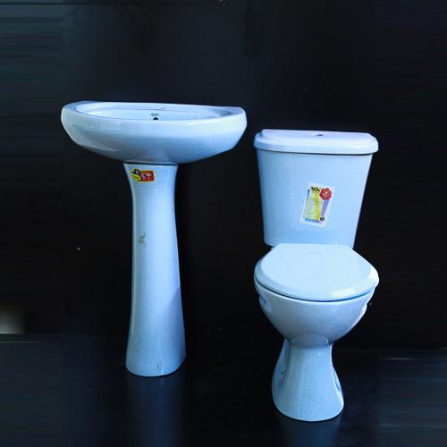 Orient close couple toilet(blue) 10000